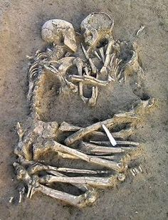 Archaeologists have unearthed two skeletons from the Neolithic period locked in an eternal embrace and buried outside Mantua, Italy, just 25 miles south of Verona, the city where Shakespeare set the star-crossed tale of Romeo and Juliet. This is love Post Mortem, Vanitas, We Are The World, In This World, True Love, My Love, Love Never Dies, After Life, Oeuvre D'art