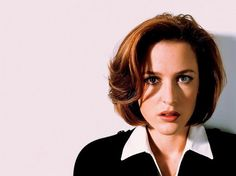 {Gillian Anderson!} Katrina Mask. FBI agent. You could say there's something strange going on, but there's always something deeper than that. But, it's not okay to have these people with 'powers' to rampage around the town. I may come off as a bit rude, but I'll come around if I get to know you.