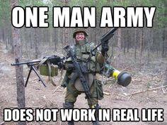 Call of Duty real life haha Video Game Memes, Video Games Funny, Funny Games, Gamer Humor, Gaming Memes, Humor Militar, Black Ops, Mundo Dos Games, Memes Estúpidos