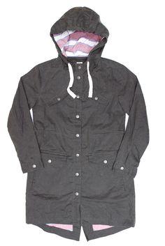 | outfit idea - minimal capsule wardrobe - wear black - project 33 - dream wardrobe 25 - Moss Waxed Women's Jacket