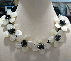 seashell flowers | Free Shipping Natural Sea Shell Flowers Chocker Necklace Craft Flower ...