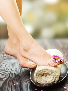Cracked heels  Apply a mixture of coconut oil/castor oil and turmeric powder on cracked heels preferably 15 minutes before you head to take a bath.