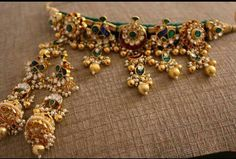 Jewellery Every Modern Indian Bride Should Look For This Wedding Indian Jewelry Sets, Silver Jewellery Indian, Indian Wedding Jewelry, India Jewelry, Bridal Jewelry, Modern Wedding Jewellery, Indian Weddings, Indian Bridal, Real Gold Jewelry