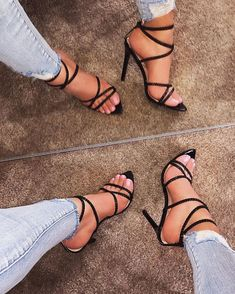 High Heels - Ideas To Successfully Owning Many Great Shoes Stilettos, Pumps Heels, Stiletto Heels, Strappy Sandals Heels, Cute Shoes, Me Too Shoes, Heeled Boots, Shoe Boots, Zapatos Shoes