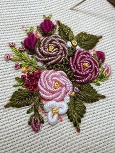 Wonderful Ribbon Embroidery Flowers by Hand Ideas. Enchanting Ribbon Embroidery Flowers by Hand Ideas. Brazilian Embroidery Stitches, Bullion Embroidery, Hardanger Embroidery, Learn Embroidery, Hand Embroidery Stitches, Silk Ribbon Embroidery, Embroidery Techniques, Beaded Embroidery, Cross Stitch Embroidery