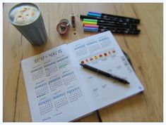 Was ist ein Bullet Journal und wie kann ich mich damit organisieren? Grundinfos und 5 verschiedene Beispiele für Wochenlayouts in deinem Bullet Journal.