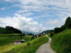 Flims, Switzerland Swiss Alps, Snowboard, Switzerland, Golf Courses, Traveling, Country Roads, Spaces, Explore, Summer