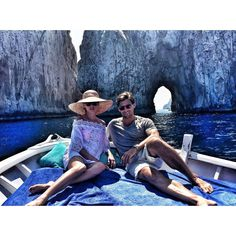 「Classic Capri  #ThursdayNotSunday 」