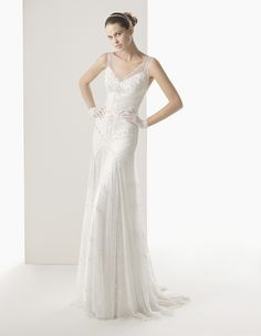 Os presentamos parte de la colección de vestidos de novia 2014 de la firma Rosa Clará.