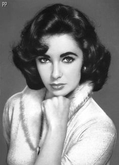 Liz Taylor. Just gorgeous. Today's stars just don't have the class of the stars of the '50s and '60's.