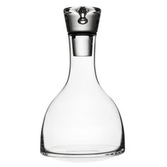 "Tapio Wirkkala - Glass decanter ""Tapio"" for Iiittala, Finland. Verre Design, Glass Design, Design Art, Clear Glass Vases, Glass Bottles, Nordic Design, Scandinavian Design, Art Of Glass, Wine Decanter"