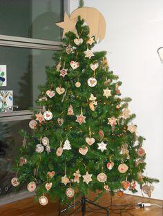 Albero Di Natale Con Biscotti Bucaneve.30 Idee Su Albero Di Natale Con Biscotti Natale Decorazioni Biscotti
