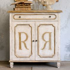 Eloquence Royale Cabinet. #laylagrayce #eloquence