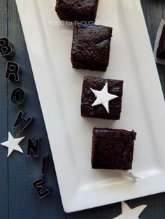 Food for thought: Σοκολάτα Healthy Chocolate, Chocolate Brownies, Food For Thought, Sweets, Master Chef, Thoughts, Desserts, Recipes, Chocolate Chip Brownies