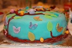 @Ily Logeais : Butterfly Cake #cakedesign