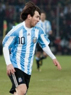 After failing to win the Copa America with Argentina this year, the worlds greatest player announced that he was retiring from international football. That news came as a bit of a shock to his native people and football community considering he's still only 29 years-old! But the good news is Lionel Messi seems to have had a change of heart and is no longer throwing his toys out of the pram announcing he still wants to play for Argentina...