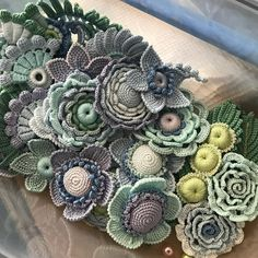 Easy and Cute Free Crochet Flowers Pattern Image Ideas for n.-Easy and Cute Free Crochet Flowers Pattern Image Ideas for new Season 2019 Part 2 Easy and Cute Free Crochet Flowers Pattern Image Ideas for new Season 2019 Part 2 - Cactus En Crochet, Art Au Crochet, Beau Crochet, Crochet Mignon, Cute Crochet, Crochet Motif, Beautiful Crochet, Freeform Crochet, Knit Crochet