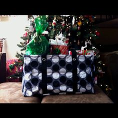 I am loving using this Large Utility tote for gifts at Christmas time!     Www.mythirtyone.com/jessmorgan