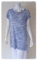 Casual lagenlook dipped hem tunic dress in blue