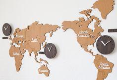 【HANDMADE】壁掛け時計世界地図WORLDTIMEBIO【送料無料】ハンドメイドプレゼント贈り物クロック新築お祝いギフトおしゃれ手作り輸入雑貨誕生日開店mo:ro動物キリン象ウォールステッカー時計ウォールクロック手作り