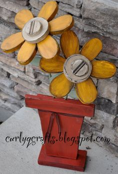 Ideas Spring Wood Crafts Diy Flower Pots For 2019 2x4 Crafts, Primitive Crafts, Wooden Crafts, Primitive Signs, Woodworking Projects Diy, Diy Wood Projects, Vinyl Projects, Wood Craft Patterns, Art Patterns