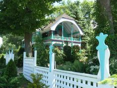 beach cottages | Home Your Waterfront Story Did You Know? Waterfront Communities/Homes ...