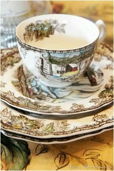 Johnson Bros dishes. Friendly village is the pattern. Beautiful! & Johnson Brothers China Friendly Village 5 Piece Set   Place setting ...