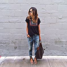 boyfriendjeans, Tee, outfits for summer- Sincerely Jules