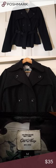 "Old Navy short belted navy pea coat M Gorgeous navy blue belted peacoat.  Old Navy  Size medium  Hits hip length on me and I'm 5'2""  Good used condition. Some bobbling but no marks or tears.  ?? Modelling photos. I  am selling because either item doesn't fit or item doesn't suit me. Old Navy Jackets & Coats"