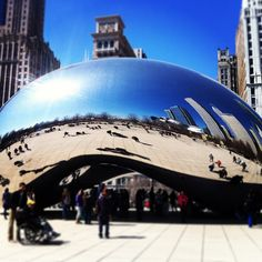 Cloud Gate ('The Bean') em Chicago, Anish Kapoor N. Michigan Ave 55 Chicago Illinois 60611 United States