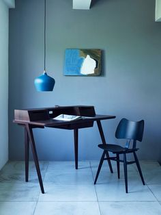 Ercol Cohen Pendant & Treviso/Butterfly Chair