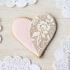 No Bake Cookies, Cake Cookies, Sugar Cookies, Cookie Box, Cookie Gifts, Valentine Cookies, Christmas Cookies, Cookie Decorating Icing, Sugar Lace