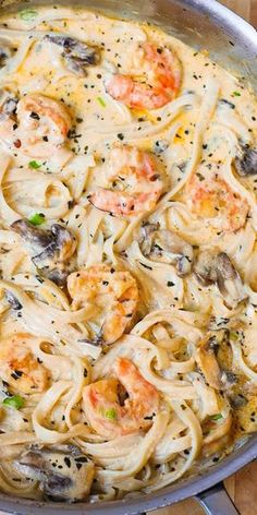 Zoodles or wheat pasta.Creamy shrimp and mushroom pasta in a delicious homemade alfredo sauce. All the flavors you want: garlic, basil, crushed red pepper flakes, paprika, Parmesan and Mozzarella cheese. Shrimp Stuffed Mushrooms, Stuffed Peppers, Shrimp Mushroom, Pasta With Mushrooms, Creamy Mushrooms, Mushrooms Recipes, Mushroom Soup, Pasta With Mushroom Sauce, Pasta Recipes Mushroom