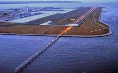 """""""Aeroporto de Kansai"""". # Baía de Osaka, Japão."""