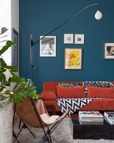 Azul petróleo: 70 ideias modernas para apostar na cor [FOTOS] Interior Architecture, Interior Design, Teal Walls, My Dream Home, Living Room Designs, Sweet Home, New Homes, Room Decor, Indoor