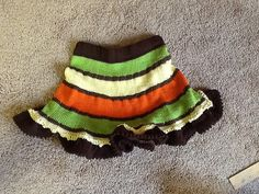 Ravelry: Project Gallery for Twirly Girly Skirt pattern by Elena Nodel Knitting Ideas, Baby Knitting Patterns, Knitting Stitches, Baby Skirt, Kids Wear, Ravelry, Knit Crochet, Projects To Try, Girly