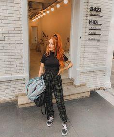 Grunge Outfits, Grunge Fashion, Teen Fashion, Casual Outfits, Cute Outfits, Fashion Outfits, Womens Fashion, Lesbian Outfits, Girl Photo Poses