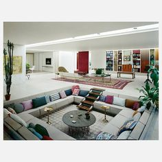 living room pit quot fluid house quot a circular conversation pit finished with a 10570
