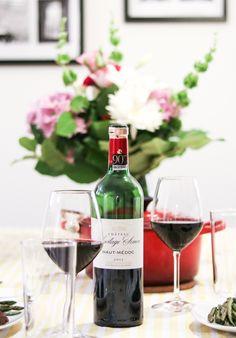 Great night are all about the wine! #bordeaux #france #wine #bordeauxwine #winetating #tablesetting #drinking ##travel #voyage #explore #explorecanada #canada #vancouver #quebec #views #bucketlist #traveling #voyager #Sparksandbloom