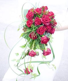 Secrets of Flowers Revealed! http://www.floristchronicles.com