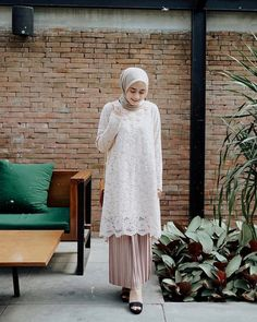 Women S Fashion Over The Decades Code: 9802693062 Kebaya Modern Hijab, Kebaya Hijab, Kebaya Dress, Dress Brokat Muslim, Kebaya Muslim, Muslim Dress, Hijab Gown, Hijab Wear, Casual Hijab Outfit