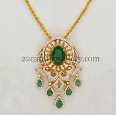 Jewellery Designs: Diamond Peacock Elaborate Locket