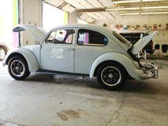 Nice old VW Bug !
