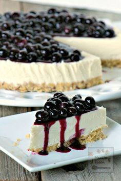 The answer to all your chocolate cravings! Just 30 minutes  to make and best of all no baking involved. No Bake White Chocolate Blueberry Cheesecake | http://manilaspoon.com