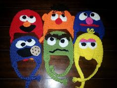 halloweennext year. mom-cookie monster Dad-oscar the grouch Daniel-elmo  Lucas. Cappelli Per Bambini ... 14d4702fbe36