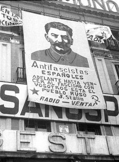 Spain guerra civil/ Correction -Stalin was no Hero Spanish War, Foto Madrid, Civil War Art, Power To The People, Soviet Union, Illustrations, Military History, World History, Old Pictures