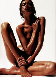 NUMÉRO MAGAZINE #180, 2009 PHOTOGRAPHER / SOLVE SUNDSBO MODEL / EDITA VILKEVICIUTE STYLING / FRANCK BENHAMOU
