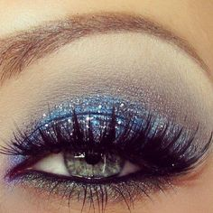 Blue Sparkle Glitter - Trends & Style