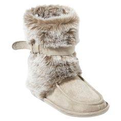 Fuzzy slipper boots, I think so :) Heeled Boots, Shoe Boots, Fuzzy Boots, Boot Jewelry, Fuzzy Slippers, Slipper Boots, Hot Shoes, Womens Slippers, Me Too Shoes