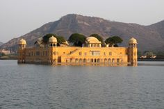 How to spend a day in Jaipur
